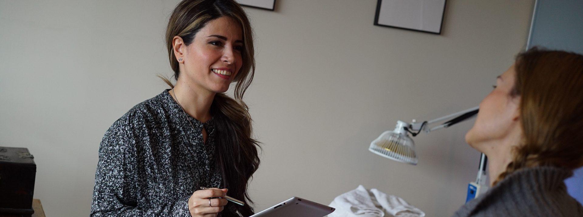 Mahsa Ahmedi Treating Patients